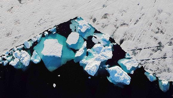 全球碳排放量今年加速上升,格陵蘭冰層化得更快了