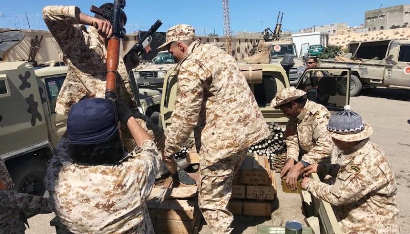 利比亞國民軍獲埃及總統支持,持續武裝衝突波及油氣出口