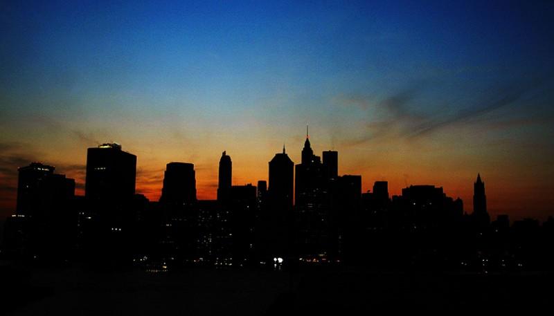 紐約「大停電」42周年,變電器起火致曼哈頓斷電交通癱瘓